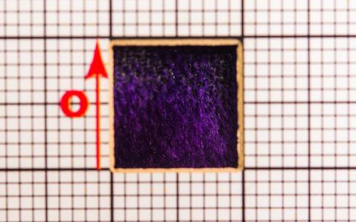 samet/fialová/NÚLK/7786_d